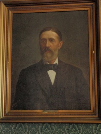 Enrique Perry Lota